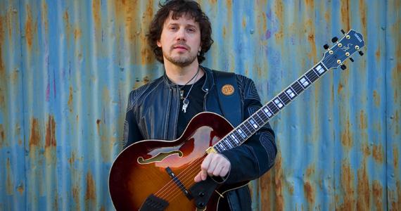 Bourbon Street recebe o som de Sandro Albert para embalar a noite de terça-feira com muito jazz Eventos BaresSP 570x300 imagem