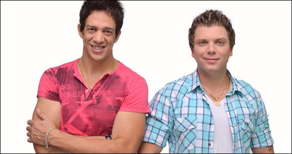 Apresentação do cantor De Lukka e dupla Bred & Breno no Brook's SP Eventos BaresSP 570x300 imagem