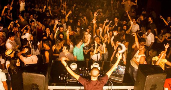 Festa Pathyfarya com DJs convidados agitam a noite deste domingo na Bubu Lounge Eventos BaresSP 570x300 imagem