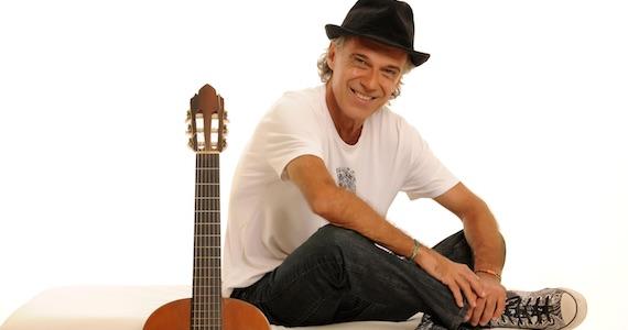 Carlinhos Vergueiro homenageia Nelson Gonçalves em show no Tom Jazz Eventos BaresSP 570x300 imagem