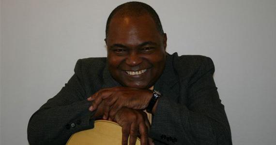 Celso Miguel canta clássicos da MPB no All of Jazz Eventos BaresSP 570x300 imagem