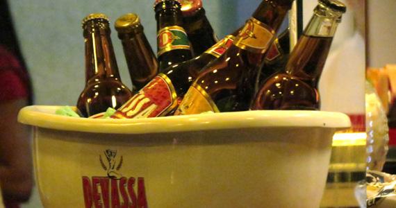 Cervejaria Devassa West Plaza oferece Happy Hour e petiscos apetitosos Eventos BaresSP 570x300 imagem