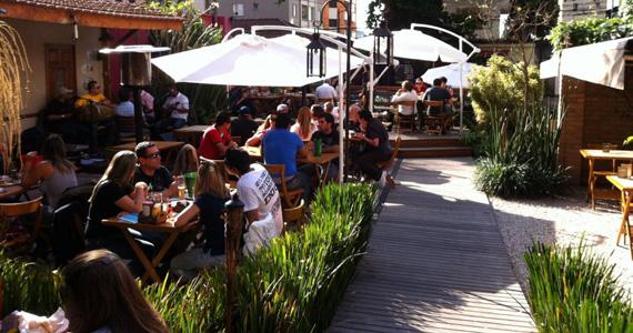 Oktoberfest da Cervejaria Ô Fiô, oferece comida típicas e promoções Eventos BaresSP 570x300 imagem