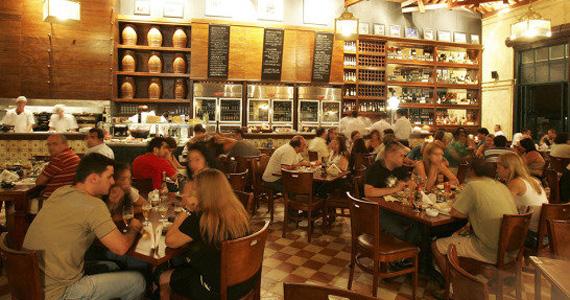 1ª Cervejaria da Mooca oferece grande variedade de bebidas e petiscos no happy hour Eventos BaresSP 570x300 imagem