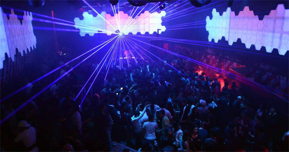 Na terça acontece mais uma edição da Festa Chocolate na Clash Club Eventos BaresSP 570x300 imagem