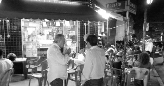 Copo a Copo Bar oferece happy hour com cerveja gelada e petiscos diversos Eventos BaresSP 570x300 imagem