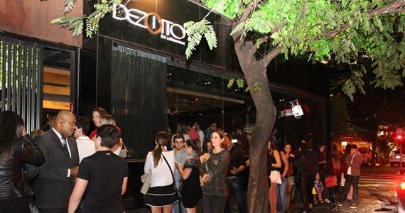Happy Hour com 50% de desconto em bebidas e porções é o destaque do Dezoito Bar & Movement Eventos BaresSP 570x300 imagem