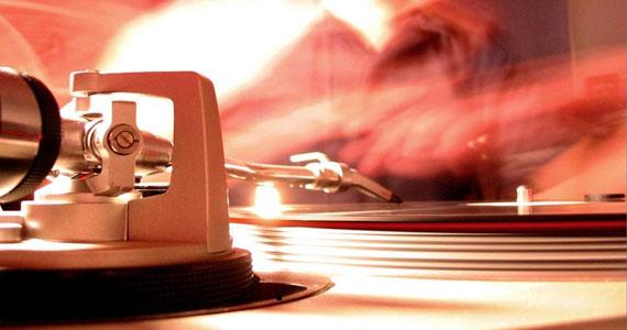 Black Tape com Crazybeat agitam noite do Clube Glória Eventos BaresSP 570x300 imagem