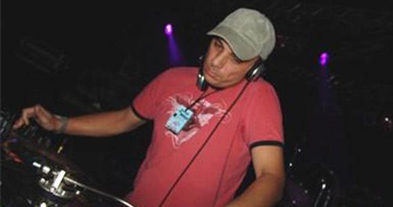 DJ Badinha toca o melhor do flash back no Club Transatlântico  Eventos BaresSP 570x300 imagem