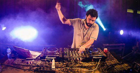 DJs Chamis e Dago tocam na Neu Club na festa Explode de sexta-feira Eventos BaresSP 570x300 imagem