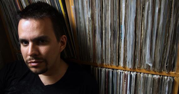 DJ Sidney Gomes recebe Oblongui na festa Pocket House da Squat Eventos BaresSP 570x300 imagem