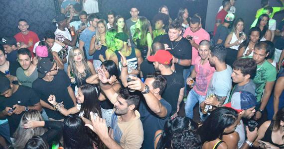 Festa 2 Anos da Ativa com DJ Jason Sales e Togu & Magu no Dom Room Eventos BaresSP 570x300 imagem