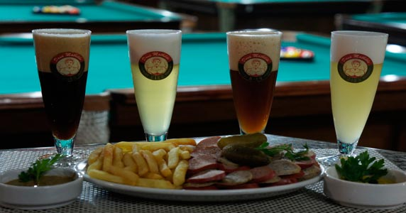 Happy hour com snooker no Natal do Dona Mathilde Snooker Bar Eventos BaresSP 570x300 imagem