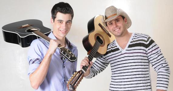 Quarta-feira tem show de Eduardo e Rafael no palco do Villaneja Eventos BaresSP 570x300 imagem