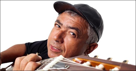 Cantor e compositor Edvaldo Santana se apresenta no Bar Melograno Eventos BaresSP 570x300 imagem