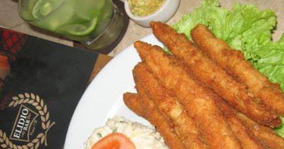 No almoço desta quarta tem Filé de Pescada como opção no Elidio Bar Eventos BaresSP 570x300 imagem