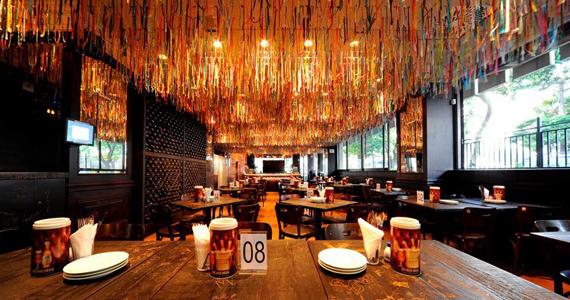 Bar Eu Tu Eles oferece petiscos tradicionais, porções e bebidas variadas para o happy hour Eventos BaresSP 570x300 imagem