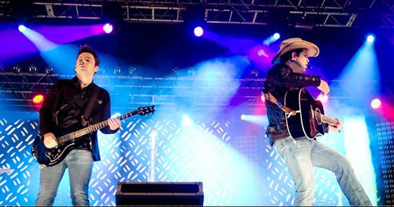Fernando e Sorocaba apresentam seus sucessos na Villa Country Eventos BaresSP 570x300 imagem