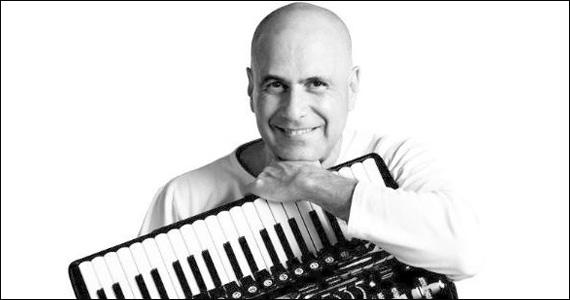 Toninho Ferragutti lança álbum O Sorriso da Manu no auditório Ibirapuera Eventos BaresSP 570x300 imagem