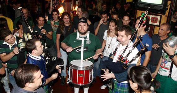 Festa de St. Patricks Day com Gaita de Foles e bandas de rock neste domingo no Finnegans Pub