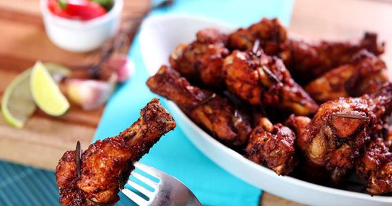 Frango à Passarinho crocante como opção para o almoço deste sábado no Elidio Bar Eventos BaresSP 570x300 imagem