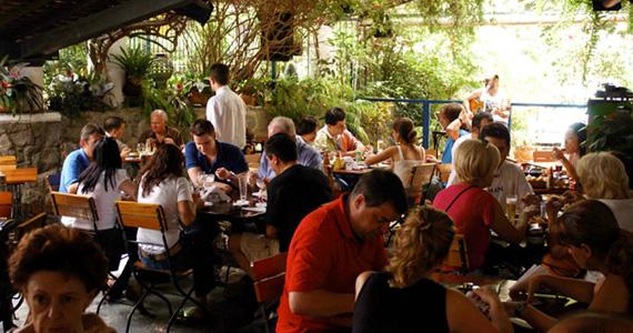 Barba Trio e Banda Meio Termo se apresentam no bar O Garimpo Eventos BaresSP 570x300 imagem