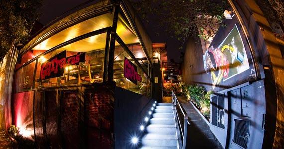 Quinta-feira tem estréia da Exposição Fictício e DJ João Boretti no Garrafas Bar Eventos BaresSP 570x300 imagem
