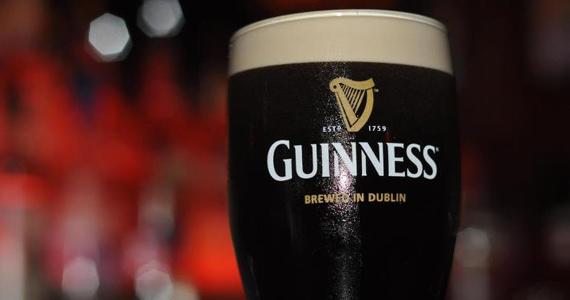 Domingo tem promoção de Guinness no Arthur's Day do O'Malley's Eventos BaresSP 570x300 imagem