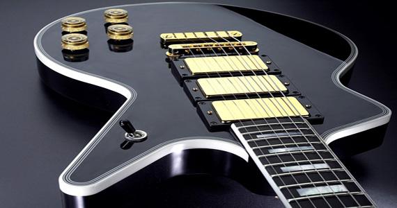 Cover das banda Iron Maiden no palco do Bar Rock Club Eventos BaresSP 570x300 imagem