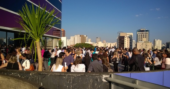 Festival Path promove o Happy Hour Sol no Rooftop do Instituto Tomie Ohtake Eventos BaresSP 570x300 imagem