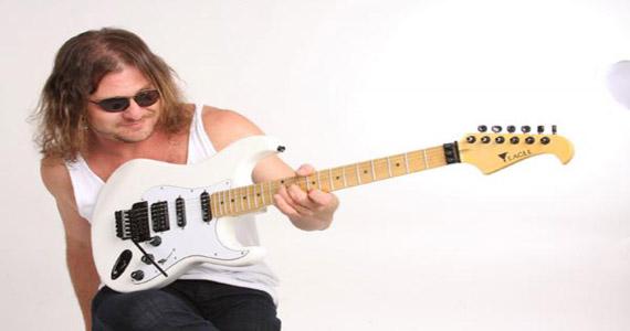 Guitarrista Hard Alexandre se apresenta no The Sailor Eventos BaresSP 570x300 imagem
