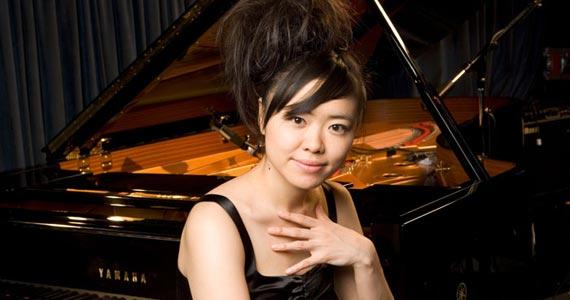 Sesc Pompeia recebe a pianista e compositora Hiromi Uehara Eventos BaresSP 570x300 imagem