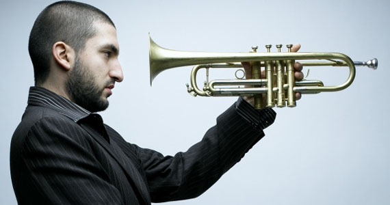 Trompetista franco-libanês Ibrahim Maalouf se apresenta no projeto Jazz na Fábrica no Sesc Pompeia Eventos BaresSP 570x300 imagem