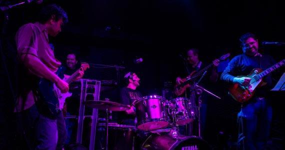 B Music Bar recebe a Banda Incuria para animar a quinta-feira Eventos BaresSP 570x300 imagem