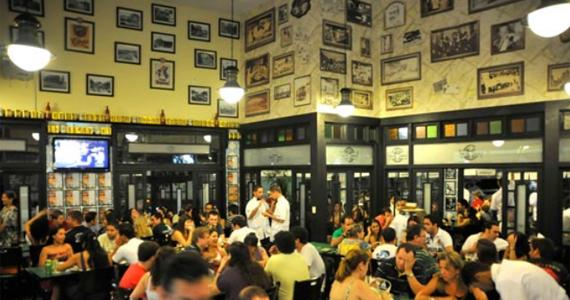 Clima descontraído com variedades de bebidas e petisco no Bar Juarez - Pinheiros Eventos BaresSP 570x300 imagem