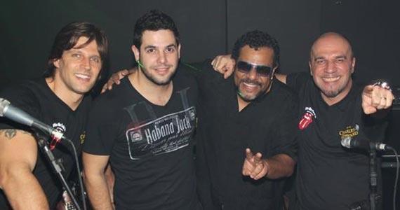 Banda Junkie Box e DJ Rogério embalam a noite no Bar Charles Edward Eventos BaresSP 570x300 imagem