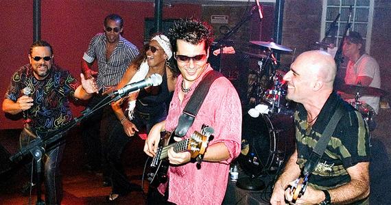 Junkie Box leva pop rock para o palco do Kia Ora Pub, no Itaim Eventos BaresSP 570x300 imagem