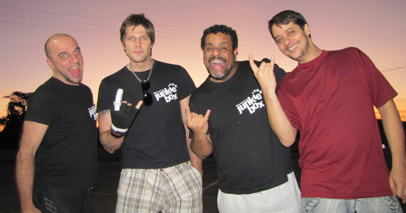 Happy Hour e show da banda Junkie Box no The Sailor Legendary Pub Eventos BaresSP 570x300 imagem