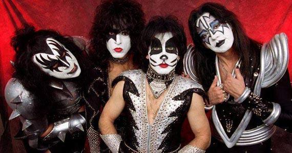Manifesto Rock Bar realiza lançamento da coletânea em homenagem aos 40 anos da banda Kiss Eventos BaresSP 570x300 imagem