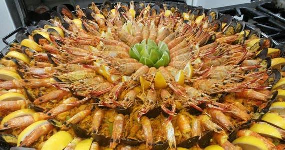 La Paella Express oferece seis tipos diferentes da famosa Paella espanhola Eventos BaresSP 570x300 imagem