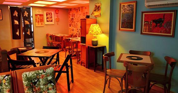 Lekitsch Bar oferece happy hour com a criativa caipirinha de Yakult Eventos BaresSP 570x300 imagem