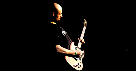 Leo Mancini canta hits dos anos 80 e 90 no Bourbon Street Music Club Eventos BaresSP 570x300 imagem