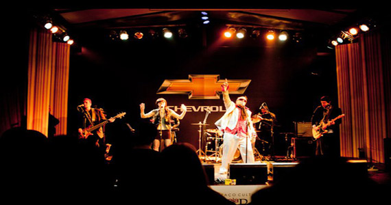Frank Elvis & Los Sinatras se apresentam no The Sailor Eventos BaresSP 570x300 imagem