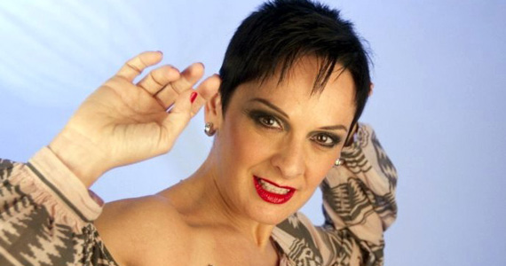 Show da cantora italiana Mafalda Minnozzi no palco do Tom Jazz Eventos BaresSP 570x300 imagem