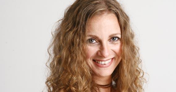 Cantora Maga Lieri se apresenta nesta terça-feira no palco do Grazie a Dio Eventos BaresSP 570x300 imagem