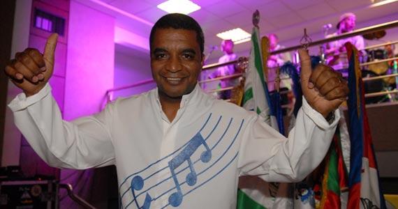Feijoada com Aldo Bueno, Dayse do Banjo e o compositor Marquinhos Diniz no Traço de União Eventos BaresSP 570x300 imagem