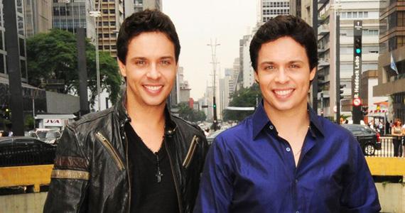 Mateus e Cristiano e Daniel Moreno cantam no Wood's Bar no sábado Eventos BaresSP 570x300 imagem