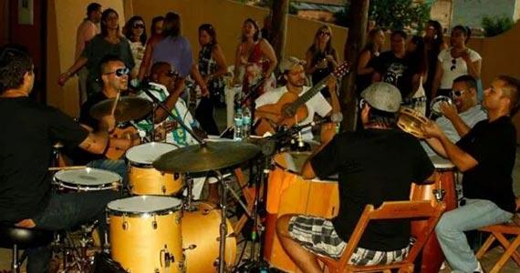 Feriado da Consciência Negra com Ministério do Samba e DJ Tadeu no Traço de União Eventos BaresSP 570x300 imagem
