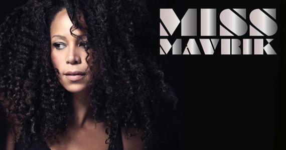 Para animar a sexta-feira o Blá Bar recebe a atração internacional Miss Mavrik Eventos BaresSP 570x300 imagem