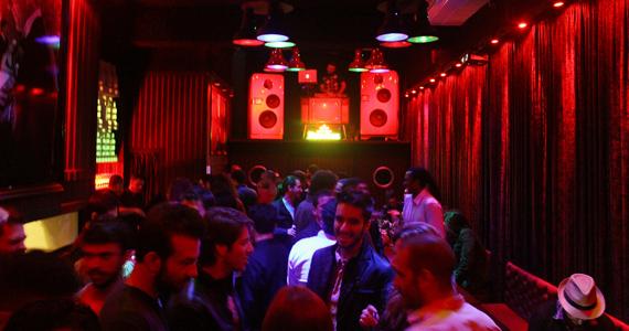 Mono Club embala a noite de sexta com indie rock - Rota do Rock Eventos BaresSP 570x300 imagem